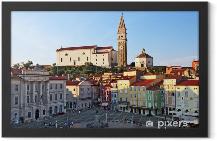 Poster en cadre Piran, Piran, Slovénie - Tarini Place et église Saint-Pierre - Europe
