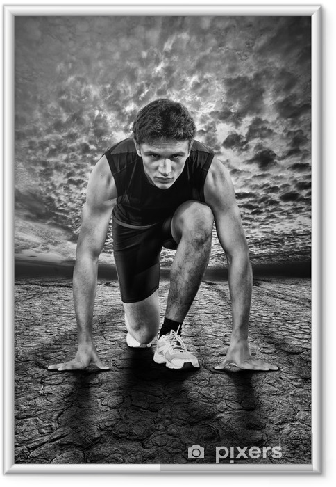 Ingelijste Poster Creatieve foto van atleten aan de start. Zwart en wit. - Thema's