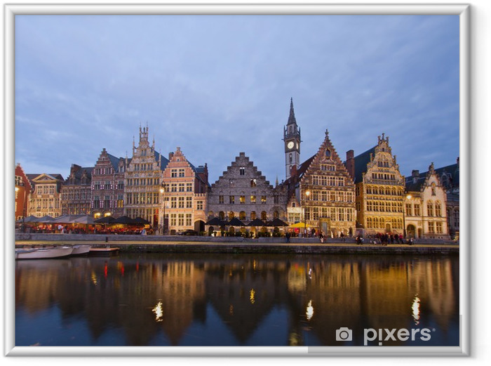 Ingelijste Poster Dijk van de oude stad 's nachts, Gent - Europa