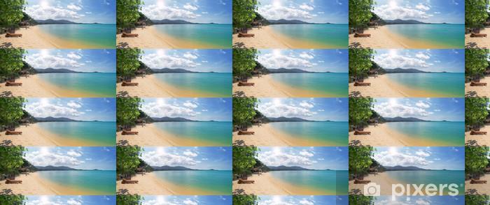 Vinyl behang, op maat gemaakt Tropisch strand met chaise longue en overzees - Hemel