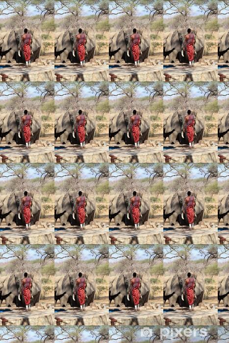 Papier peint vinyle sur mesure Garde Masai et l'éléphant sauvage. - Afrique