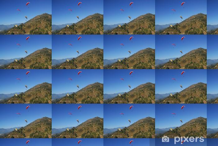 Papier peint vinyle sur mesure 4 parapentistes avec vue sur l'Himalaya au Népal - Sports extrêmes