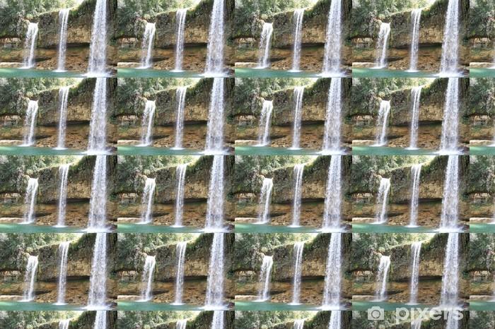 Papier peint vinyle sur mesure Cascade dans la jungle - Eau