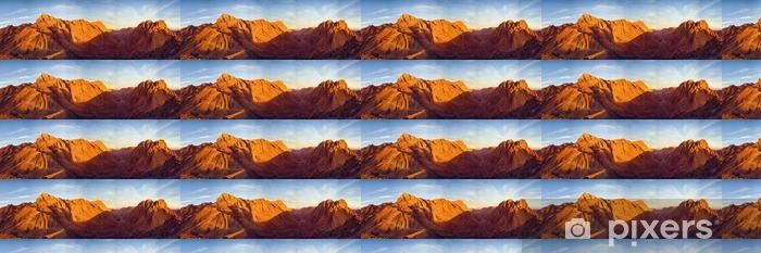Tapeta na wymiar winylowa Niesamowity wschód słońca na górze Synaj, piękny świt w Egipcie, piękny widok z góry - Krajobrazy