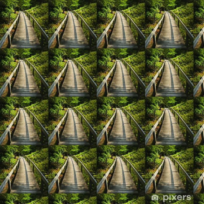 Tapeta na wymiar winylowa Drewniany chodnik przez las - Lasy