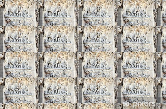 Papier peint vinyle sur mesure Détail façade de la Sagrada Familia, Barcelone - Bâtiments publics
