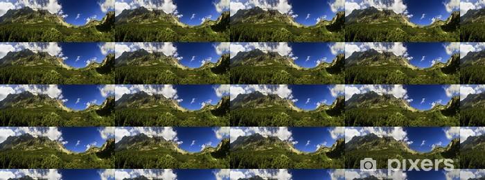 Papier peint vinyle sur mesure Panorama de montagnes avec de l'herbe - Thèmes