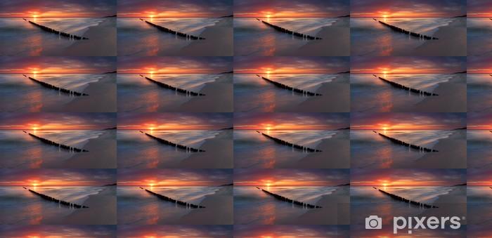 Papier peint vinyle sur mesure Beau lever de soleil au baltic - Thèmes