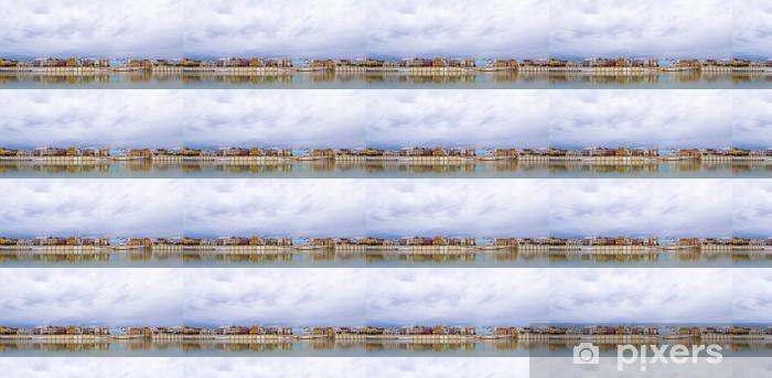 Papier peint vinyle sur mesure Sevillie, panorama de la rivière paisible - Europe