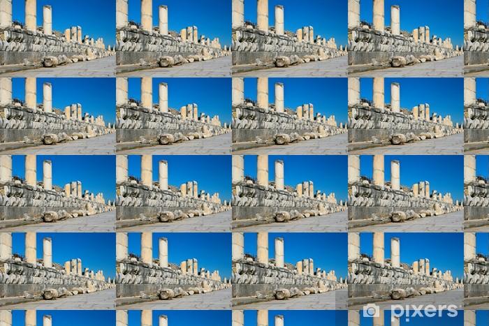 Vinyltapete nach Maß Stürzten Säulen - Europa