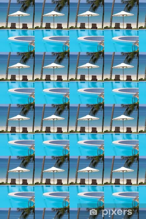 Tapeta na wymiar winylowa Leżaków przez ocean plaży i basenu - Wakacje