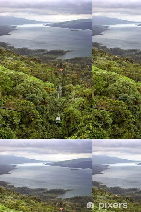 Papier peint à motifs vinyle Tram Rain Forest sur le lac Arenal, Costa Rica - Amérique