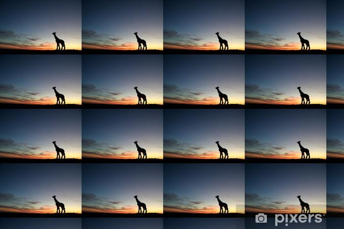 Papel pintado estándar a medida Jirafa en la puesta del sol - Naturaleza y zonas salvajes
