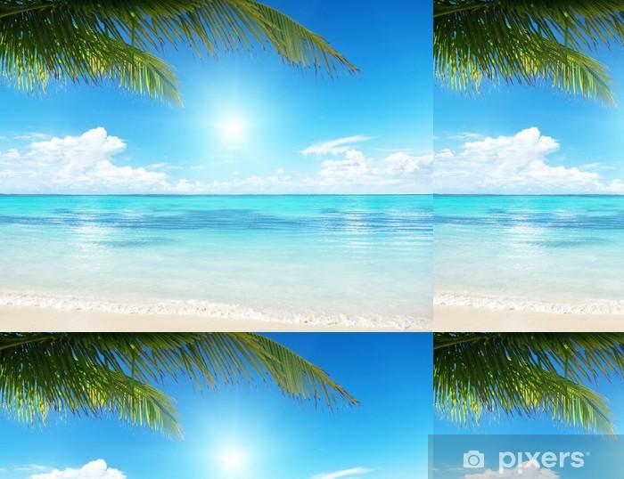 Palmu ja meri Vinyylitapetti - Vesi