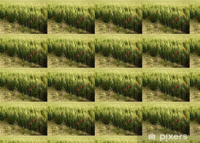 Papier peint vinyle sur mesure Coquelicots Dans le champ de blé - Europe
