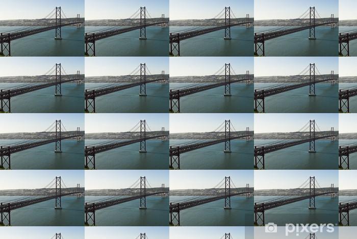 Tapeta na wymiar winylowa Most 25 kwietnia w Lizbonie, w Portugalii. - Wakacje