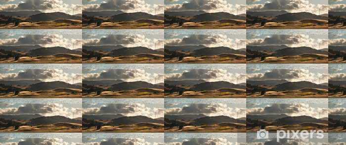 Vinylová tapeta na míru Panorama valivých zlatých polí v Kalifornii - Nebe