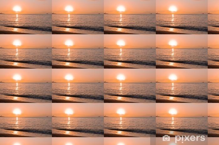 Papier peint vinyle sur mesure Lever du soleil sur la plage de Malagueta, Andalousie - Bonheur