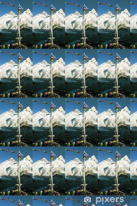 Vinylová tapeta na míru Pohled na Everest z Gokyo ri s modlitební praporky - Témata