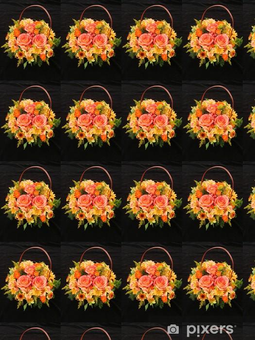 Papel pintado estándar a medida Cesta anaranjada con rosas y alstroemerias - Celebraciones