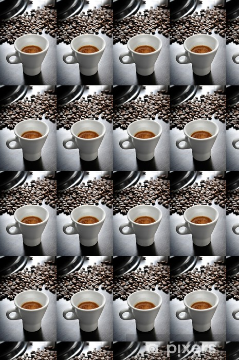 Tapeta na wymiar winylowa Kawa espresso w drewnianym stole - Gorące napoje