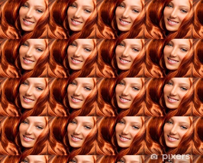 Tapeta na wymiar winylowa Włosy. piękna dziewczyna z zdrowej długo czerwony kręcone włosy - Nastolatkowie