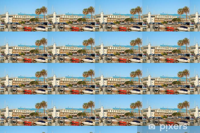Papier peint vinyle sur mesure Viareggio vue du phare du port et des bateaux - Europe