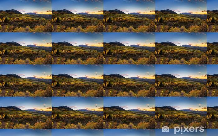 Vinyltapete nach Maß Herbst-Farben, Berge und Sonnenuntergang - Natur und Wildnis
