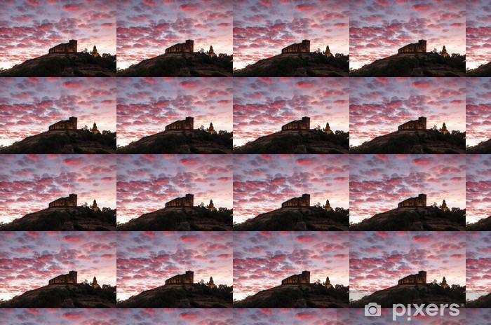 Vinylová tapeta na míru Castillo con nubes - Město