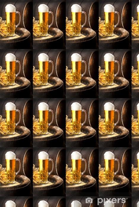 Papier peint vinyle sur mesure Still Life avec de la bière et vieux tonneau - Alcool