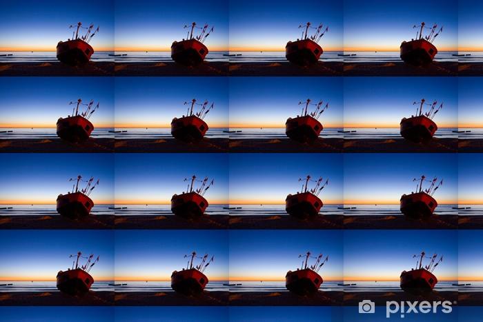 Papier peint vinyle sur mesure Pêcheur bateau avec l'environnement de ciel coucher de soleil - Europe