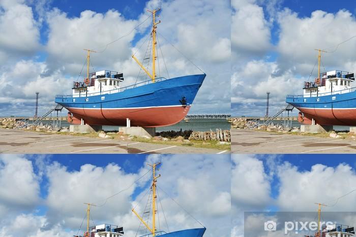 Papier peint à motifs vinyle Fischerboot als Museumsstück - Europe