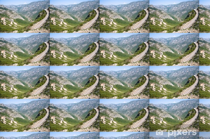 Vinyltapete nach Maß Winding Road In albanischen Berge - Europa