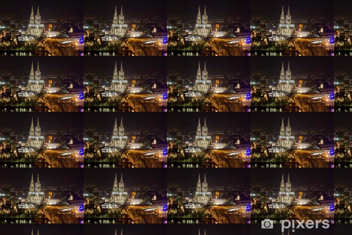 Papier peint vinyle sur mesure Cologne paysage urbain de nuit - Europe