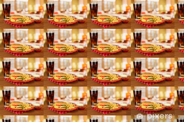 Vinylová tapeta na míru Chutné cheeseburger se smaženými brambory a studený nápoj, - Témata