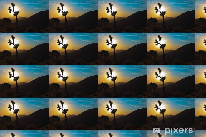 Vinylová tapeta na míru Silueta Joshua Tree při západu slunce. USA. Kalifornie. - Amerika