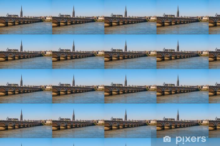 Tapeta na wymiar winylowa Bordeaux - Pont de Pierre i Bazylika Saint Michel - Europa