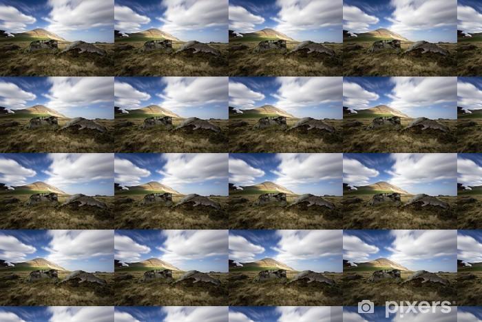 Papier peint vinyle sur mesure Les roches éternelles d'Auvergne - Vacances
