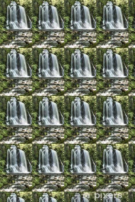 Tapeta na wymiar winylowa Pevereggia wodospad w lesie - Cuda natury