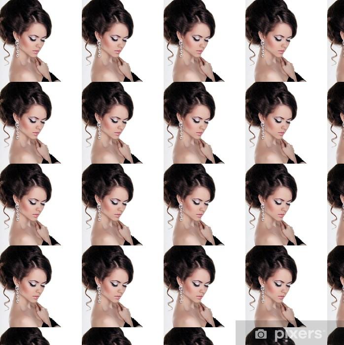 Papier peint vinyle sur mesure Fashion portrait de belle femme avec la coiffure et le soir m - Femmes