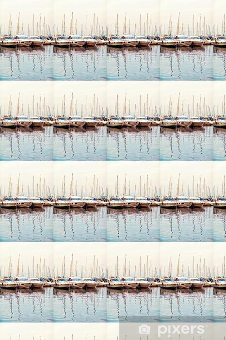Papier peint vinyle sur mesure Yachts et bateaux de plaisance sur la Côte d'Azur. Beaulieu Sur Mer. - Europe