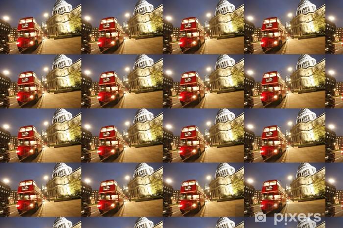 Papier peint vinyle sur mesure Londres Routemaster Bus et la cathédrale Saint-Paul dans la nuit - Thèmes