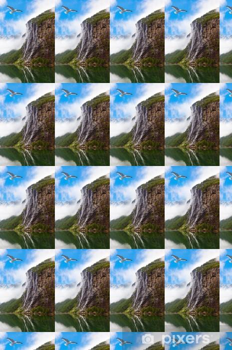 Tapeta na wymiar winylowa Wodospad w Norwegii fiord Geiranger - Tematy