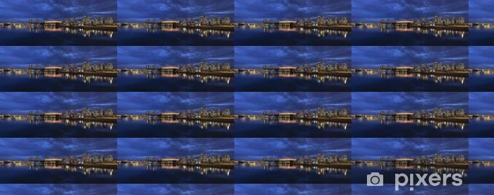 Tapeta na wymiar winylowa Vancouver BC Kanada Skyline przez False Creek w Blue Hour - Ameryka