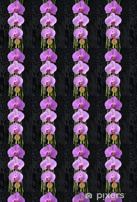 Papier peint vinyle sur mesure Trois orchidée et bambouseraie, bougie sur fond noir humide - Beauté et soins du corps