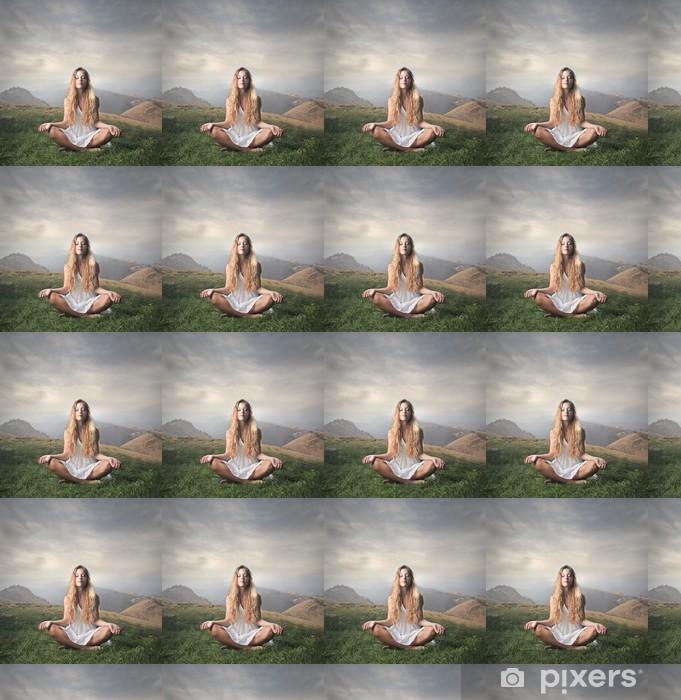 Papier peint vinyle sur mesure Méditation - Montagne