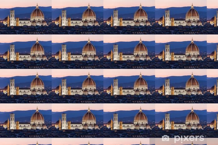 Papier peint vinyle sur mesure Cathédrale Santa Maria dei Fiore dans la nuit, Florence - Europe