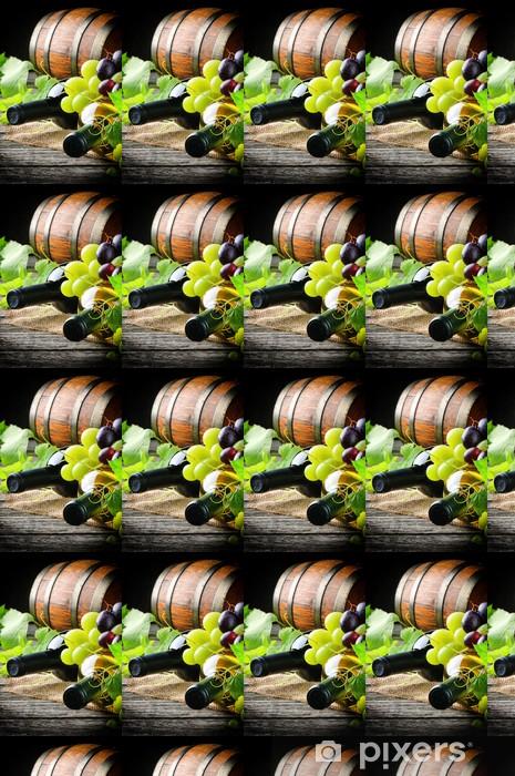 Carta da parati in vinile su misura Bottiglie di vino rosso e bianco con uva fresca - Bevande alcoliche