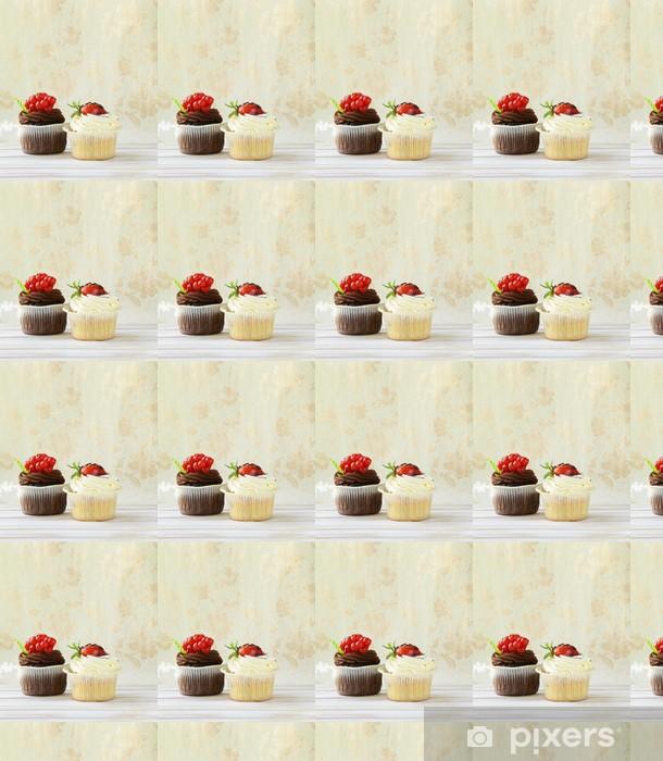 Tapeta na wymiar winylowa Dwie czekolady i wanilii cupcakes na tle archiwalne - Święta międzynarodowe