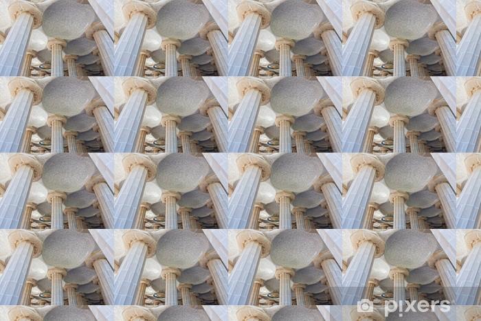 Papier peint vinyle sur mesure Salle de 100 colonnes dans le Parc Guell de Gaudi à Barcelone - Monuments